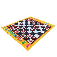 Chess play carpet with figures