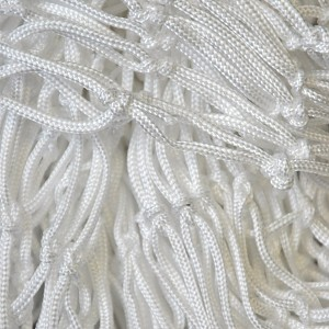 Decorative net 1m x 2m white mesh size 45 x 45mm PP