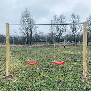 Double swing with metal swing bar including complete accessories